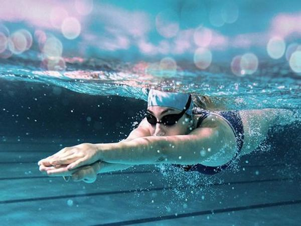Mơ đi bơi là điềm báo gì